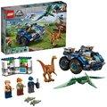 LEGO® Jurassic World 75940 Útěk gallimima a pteranodona