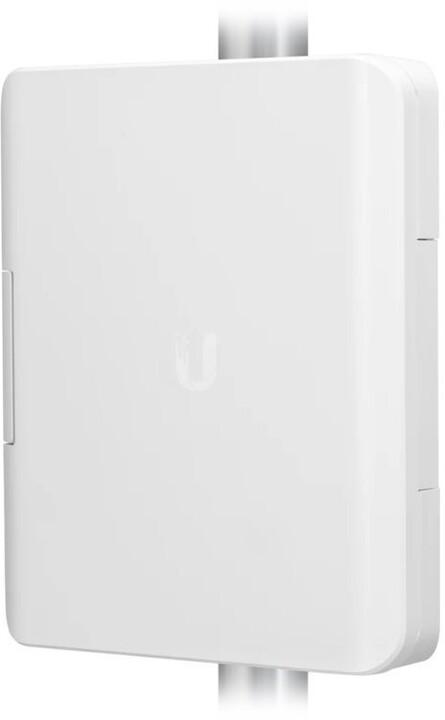 Ubiquiti USW-Flex-Utility - instalace na sloup, pro UniFi Switch Flex