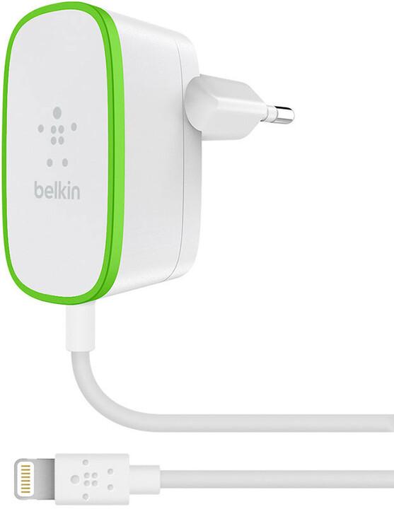 Belkin USB 230V nabíječka, 5V/2.4A vč. Lightning kabelu, bílá