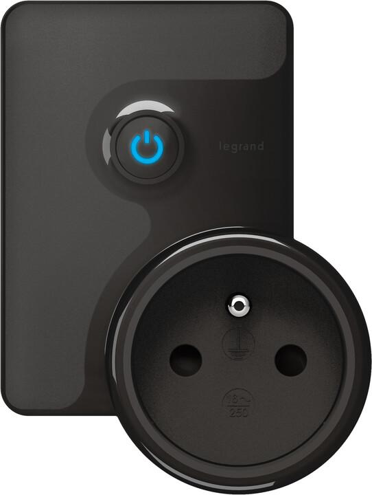Legrand spínaná mobilní zásuvka Valena Life, černá