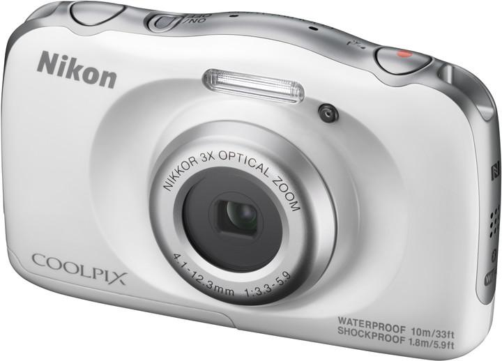 Nikon Coolpix W100, bílá + Backpack kit