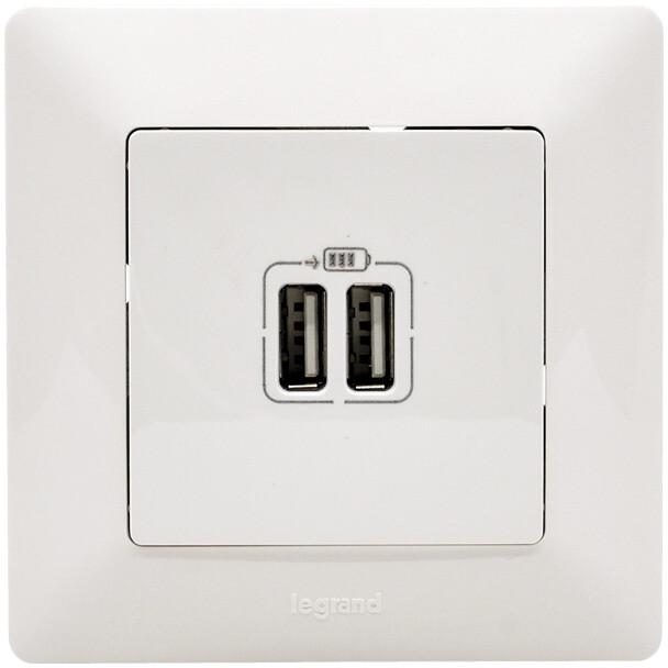 Legrand dvojitá USB nabíjecí zásuvka Valena Life, bílá