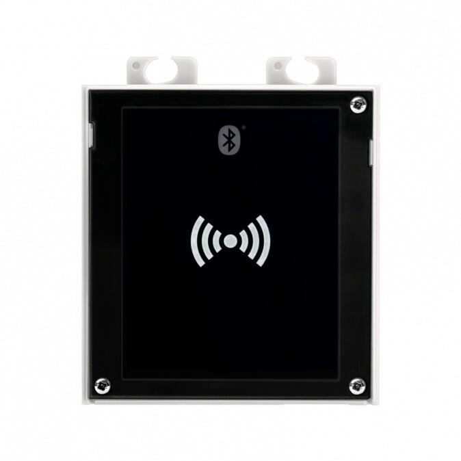 2N IP Verso, rozšiřující modul Bluetooth + čtečky RFID 13,56 MHz+125 kHz, NFC, UID