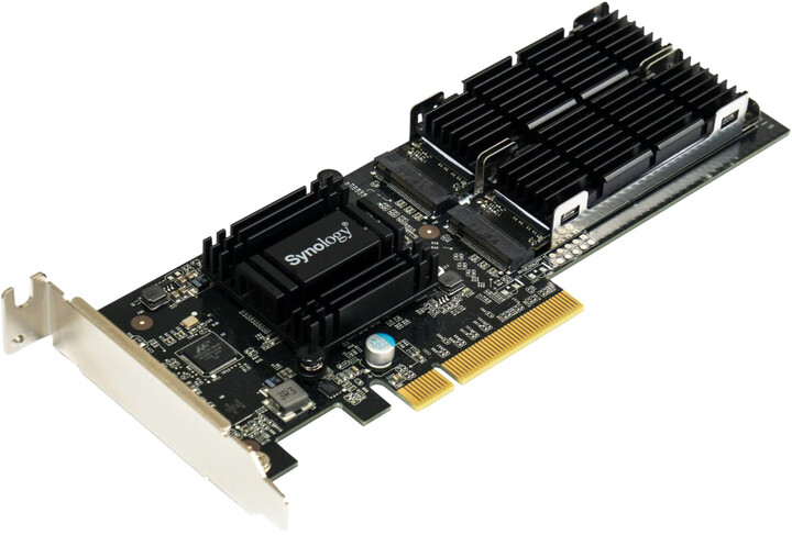 Synology M.2 NVMe/SATA SSD adaptér do PCIe slotu