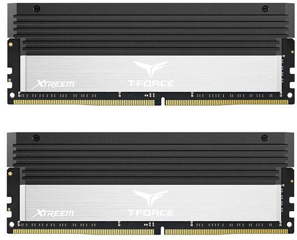 Team T-FORCE Xtreem 8GB (2x4GB) DDR4 3866, silver
