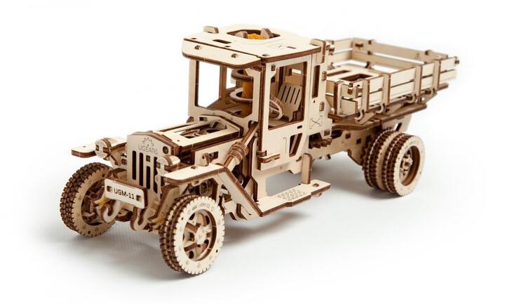 UGEARS stavebnice - Truck UGM 11v hodnotě 1999 Kč