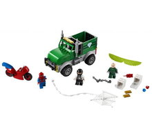 LEGO Marvel Super Heroes 76147 Vulture a přepadení kamionu