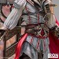Figurka Assassin's Creed - Ezio Auditore Deluxe (Art Scale Statue, 31 cm)