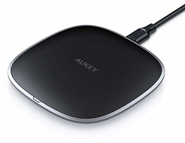 Aukey Single-Coil Qi-Enabled Wireless Charger Black