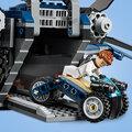 LEGO Marvel Super Heroes 76126 Parádní tryskáč Avengerů Quinjet