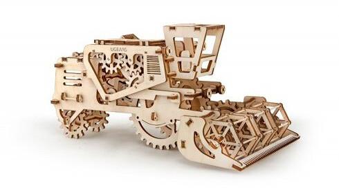 UGEARS stavebnice - Kombajn, dřevěná, mechanická