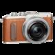 Olympus E-PL8 tělo + 14-42mm, hnědá/stříbrná  + Objektiv Olympus Body Cap Lens 15mm f/8, bílá v ceně 2199 Kč