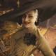 Lady Dimitrescu se stala sexsymbolem. Tedy až na ten klobouk