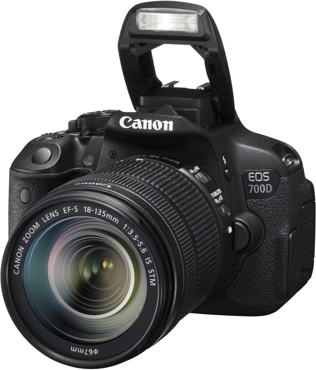 Canon EOS 700D + 18-135mm IS STM + 40mm STM