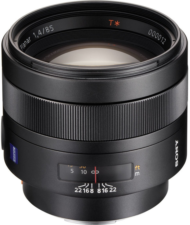 Sony Planar T* 85mm f/1.4 ZA