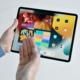 Novinky míří na iPhony, iPady i Macy. Co Apple chystá?