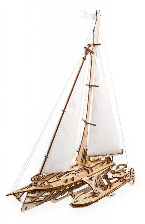 UGEARS stavebnice - Trimaran Merihobus loď, dřevěná, mechanická