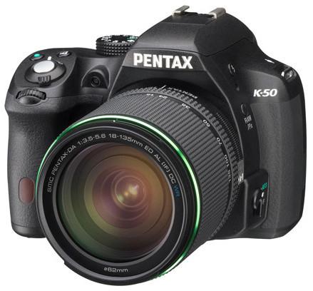 Pentax K-50, černá + DA 18-135mm WR