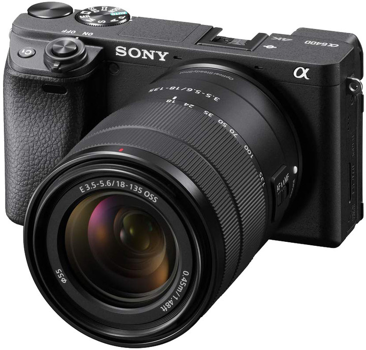 Sony ALPHA 6400, + 18-135 mm, černá