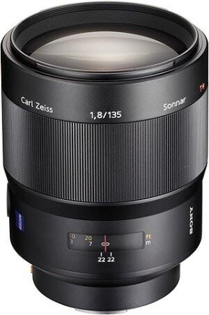 Sony Sonnar T* 135mm f/1.8 ZA