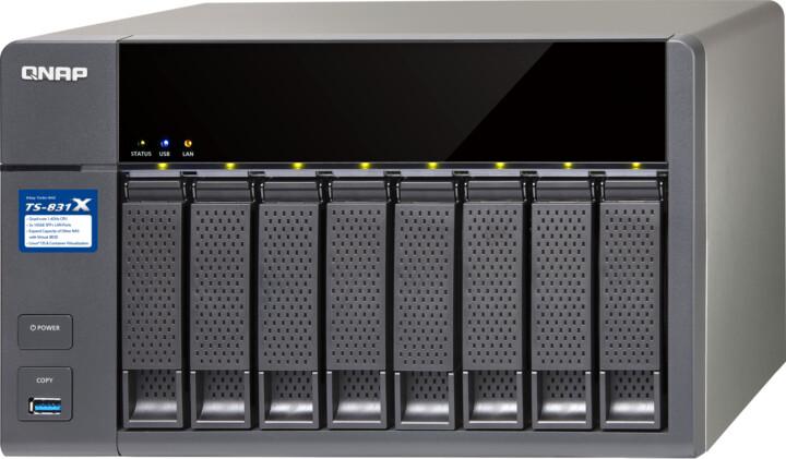 QNAP TS-831X-8G