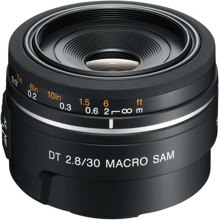 Sony DT 30mm f/2.8 SAM